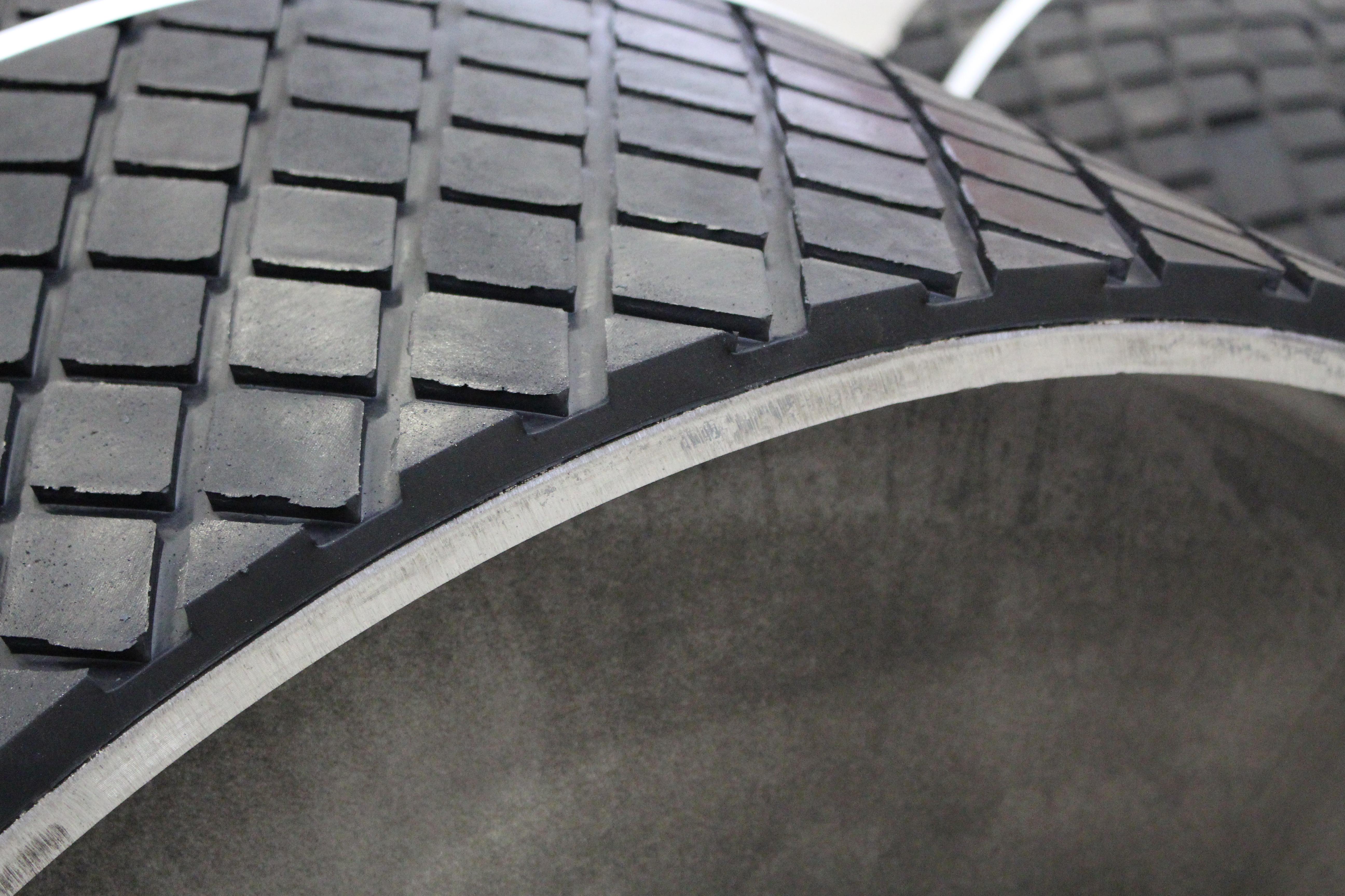 TipTop Industrievulkanisation Borna GmbH Gummierung Verschleißschutz